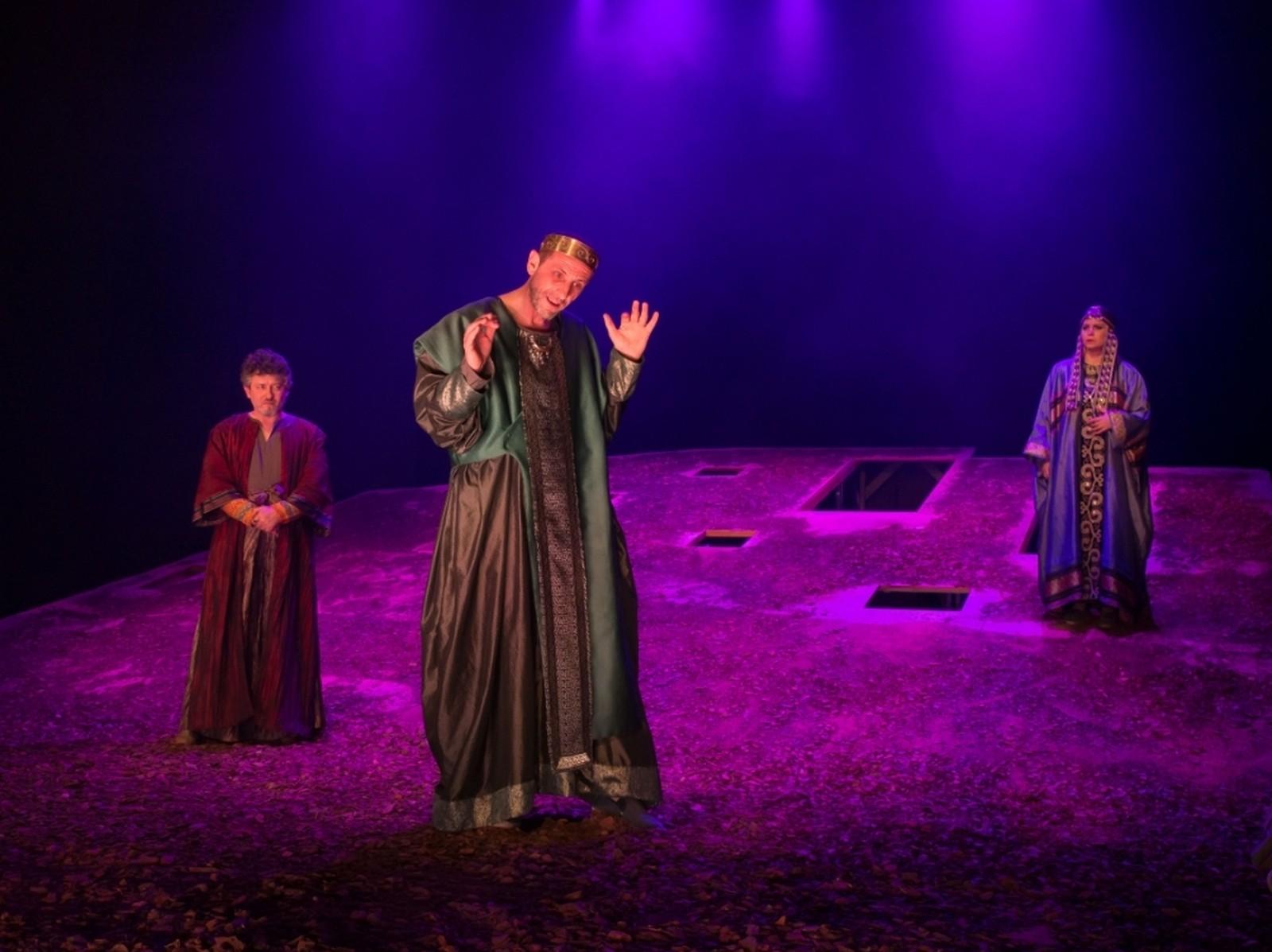 Antigona - regia: Mc Ranin